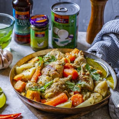 Vietnamipärane kana-karri köögiviljade ja kookospiimaga